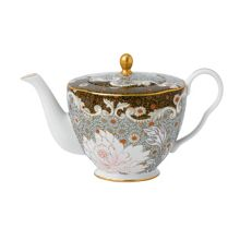 Wedgwood Daisy tea story teapot small