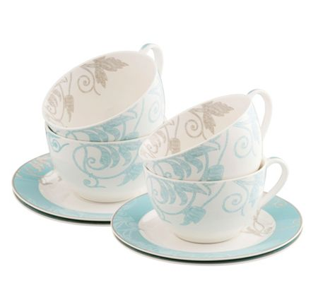 Belleek Living Novello teacup and saucer