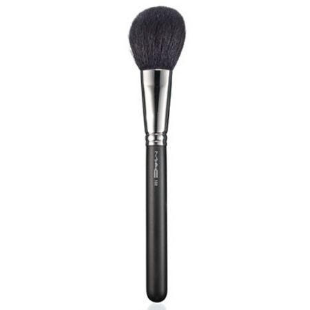 M·A·C 150 Large Powder Brush