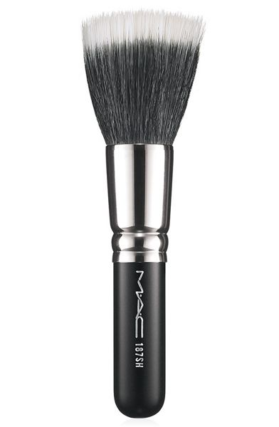 M·A·C 187SH DUO FIBRE FACE BRUSH