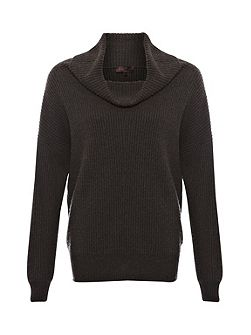 Cocoon knits chunky roll neck