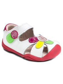 Infant girls daisy first shoe