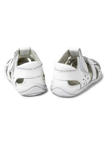 Infant girls nikki first shoe