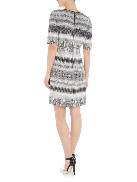 Tahari ASL Short sleeved shift dress