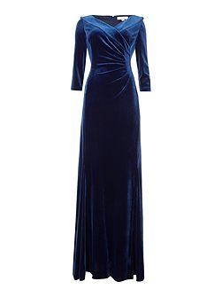 Envelope Collar Stretch Velvet Gown