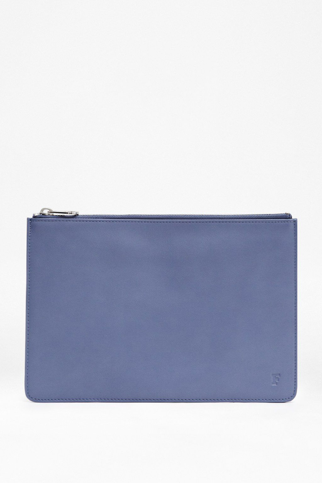 Lola leather pouch
