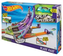 Hot Wheels Split Speeders Blade Raid Playset