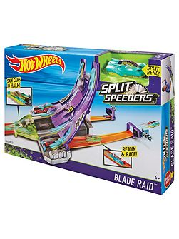 Split Speeders Blade Raid Playset