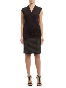 Adrianna Papell Cap sleeve top