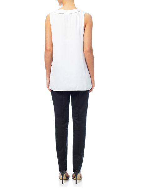 Adrianna Papell Sleeveless notch neck top