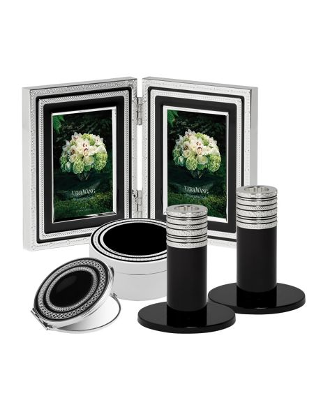 Wedgwood Vera wang with love napkin ring set of 4