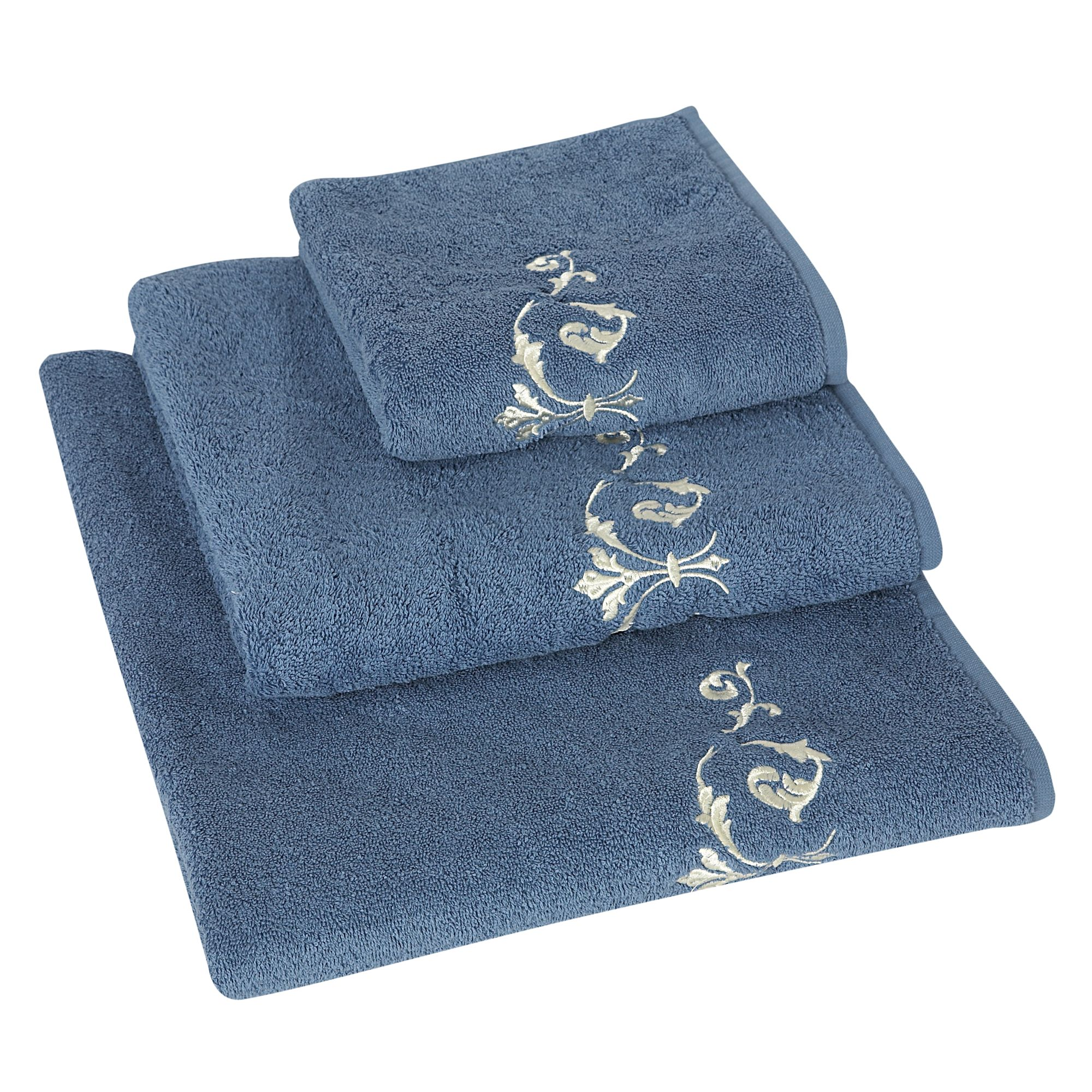 Arabesque embroidered bath sheet