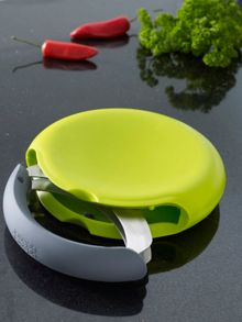 Compact herb chopper set