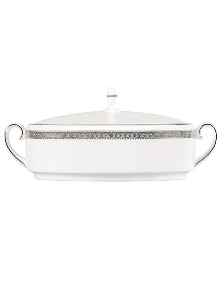 Wedgwood Lace platinum covered vegetable dish