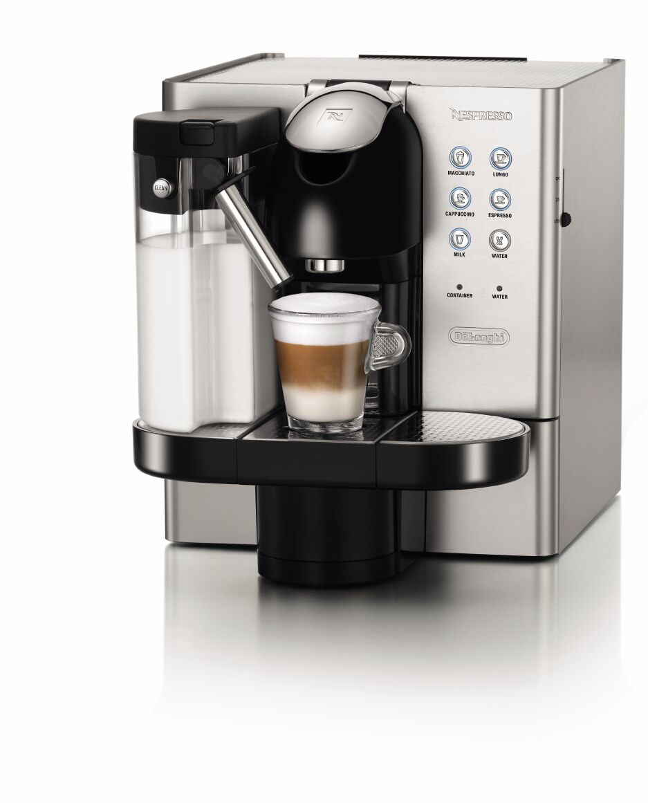 Lattissima Premium Nespresso Coffee Maker EN720.M