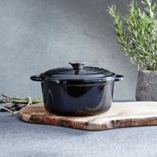 Black 21cm round cast iron casserole
