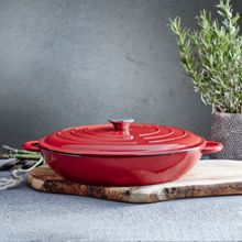 Red 31cm low round cast iron casserole