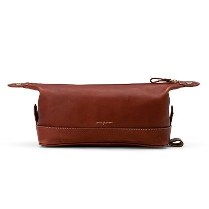 Men`s Classic Cognac Washbag