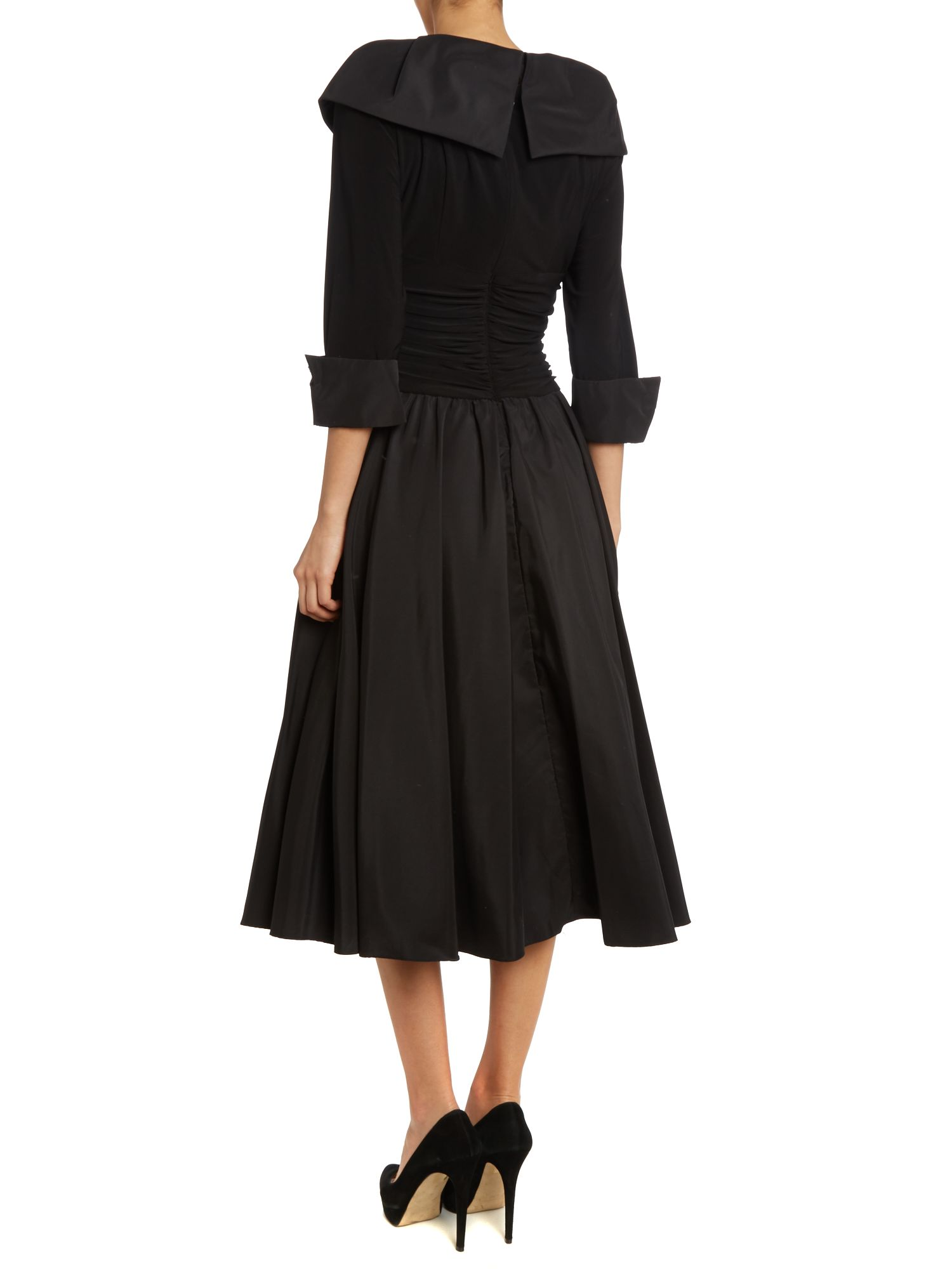 3/4 sleeve ruched waist dress