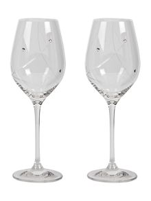 2 white wine glasses made with crystal