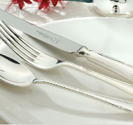 Dubarry stainless steel 124 piece canteen