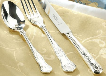 Arthur Price Kings silver plated 84 piece canteen