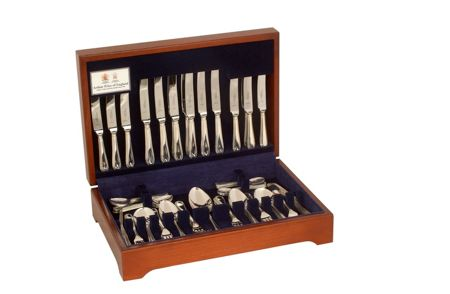 Arthur Price Old English silver plated 44 piece canteen