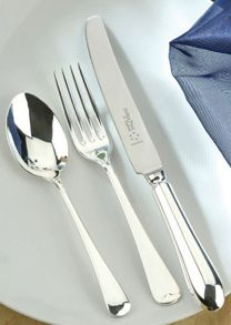 Old English stainless steel 60 piece canteen
