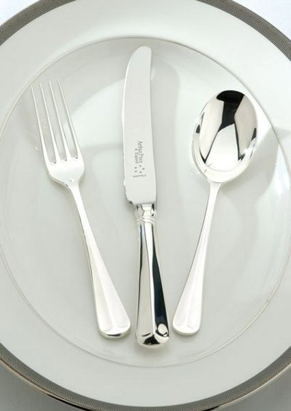 Arthur Price Rattail silver plated 84 piece canteen