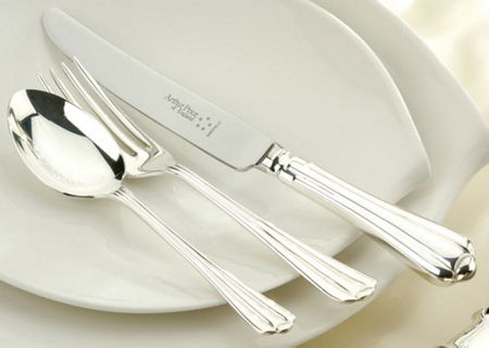 Arthur Price Royal Pearl stainless steel 124 piece canteen