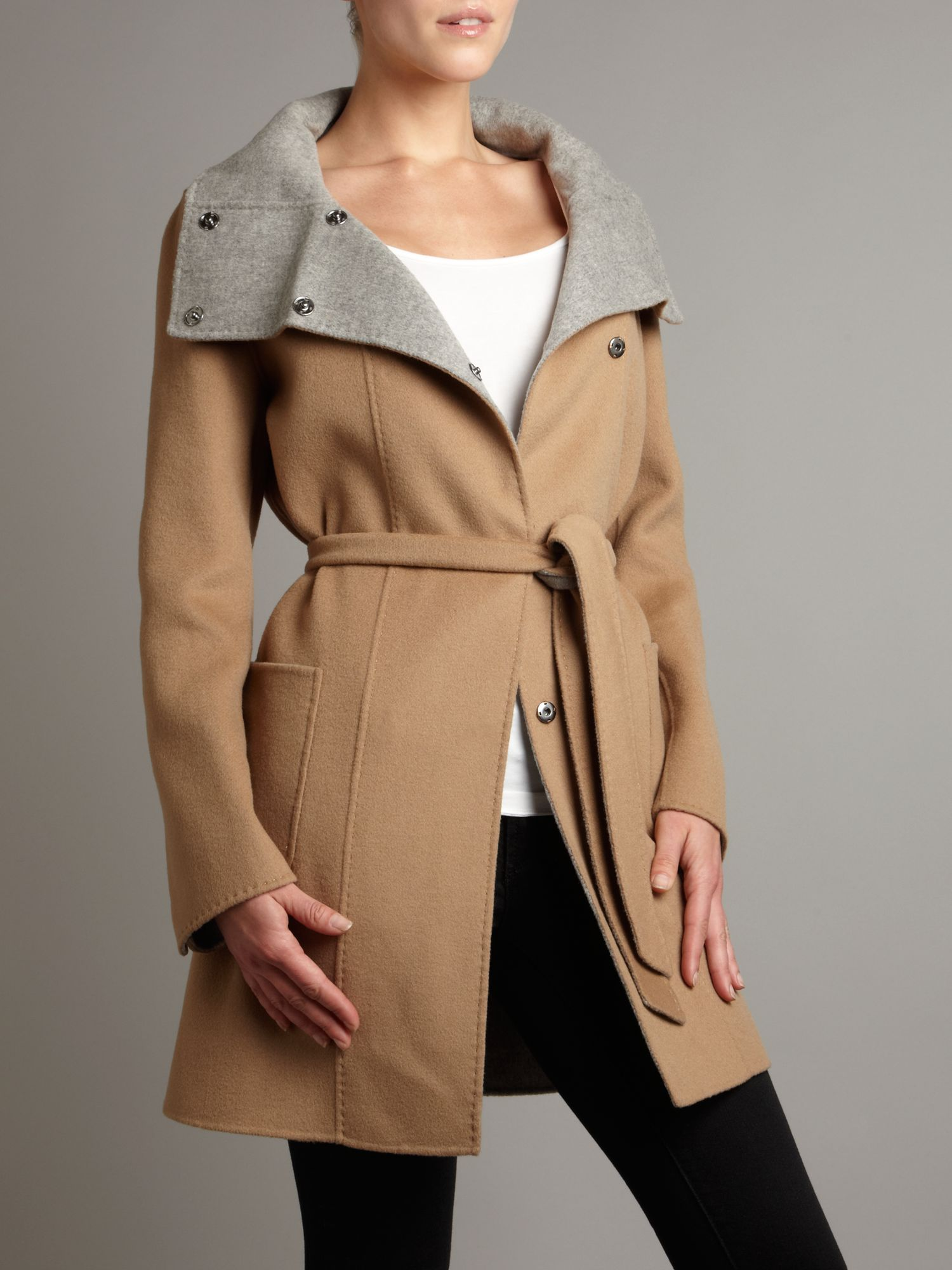 Virgin wool belted coat - Beige