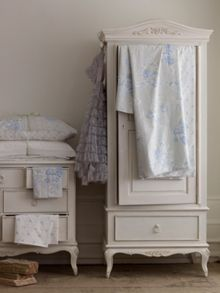 Primrose Single Wardrobe With Drawer