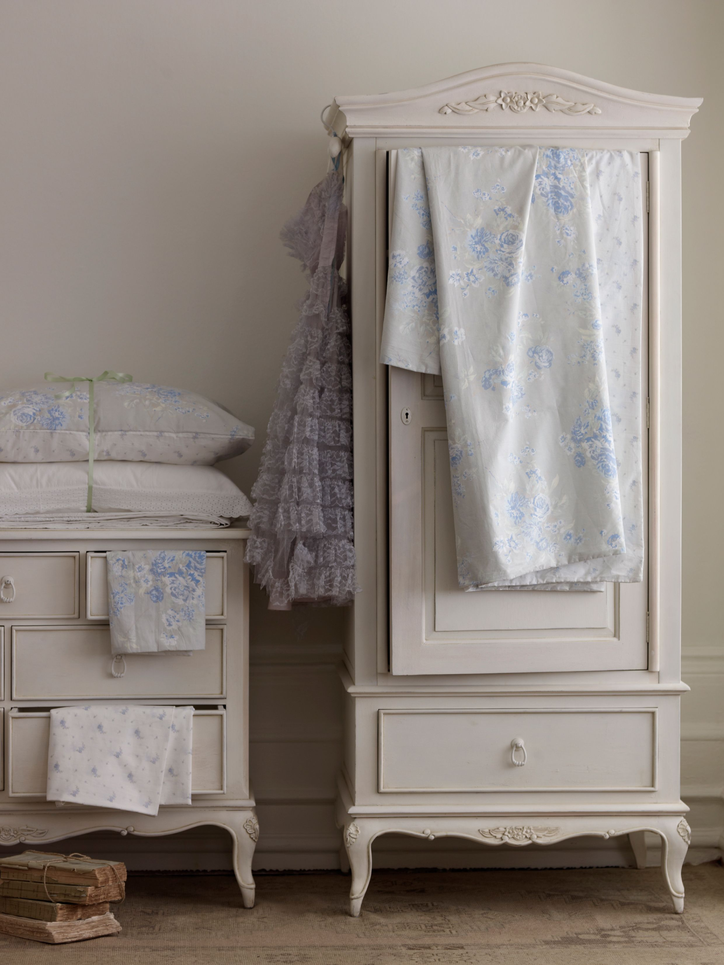 Primrose 2+2+3 chest of drawers