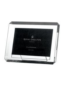 Royal Doulton Bevelled photoframe 6` x 4`