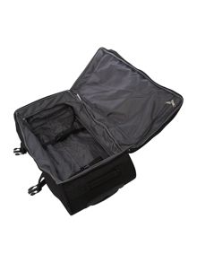 Wander-full black duffle on wheels