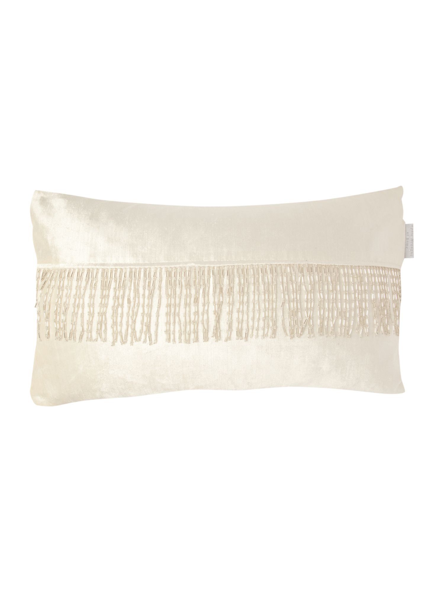 Pearl pleat tassel cushion