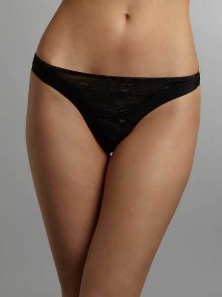 Wonderbra Ultimate strapless lace thong