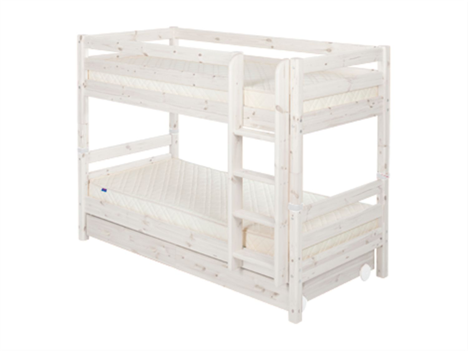 Single bunks with drawers with ladder