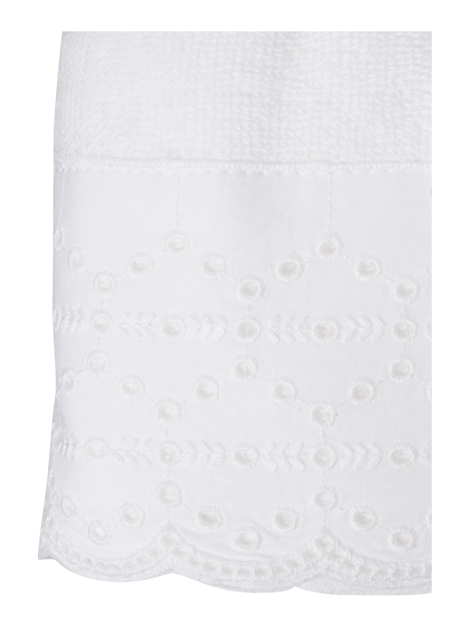 Lace trim guest towel pack of two in white
