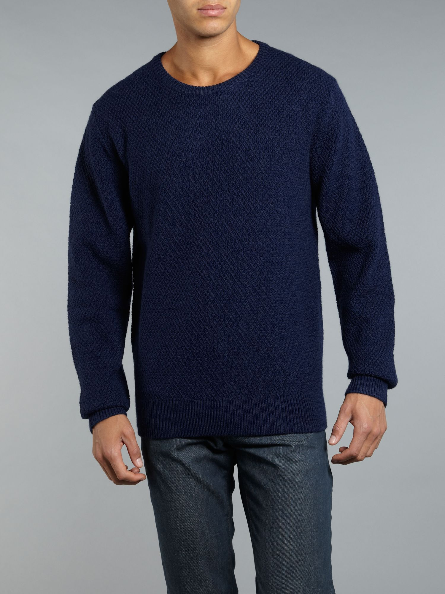 Crew neck stitch knitwear