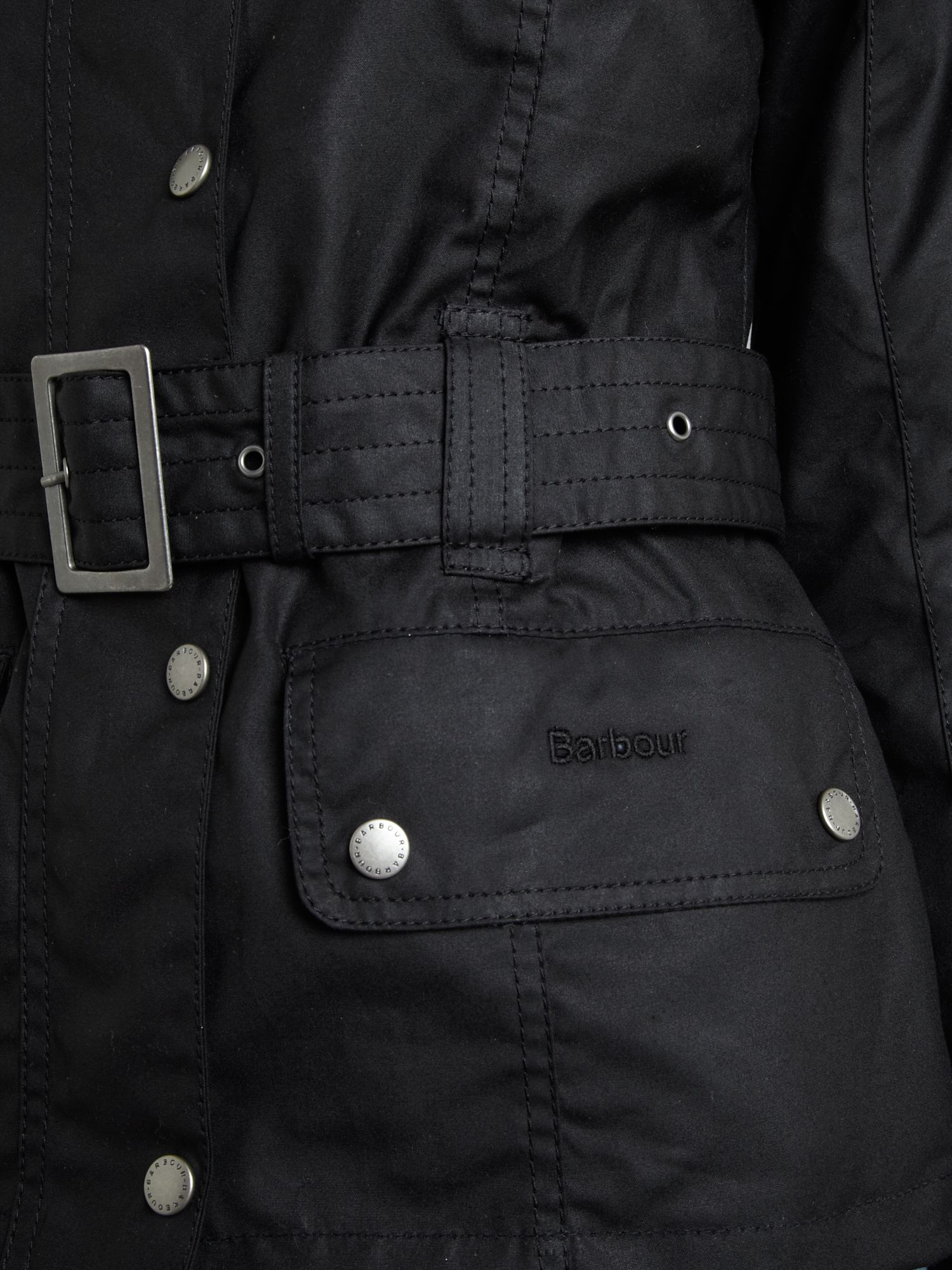 Piston wax jacket with belt