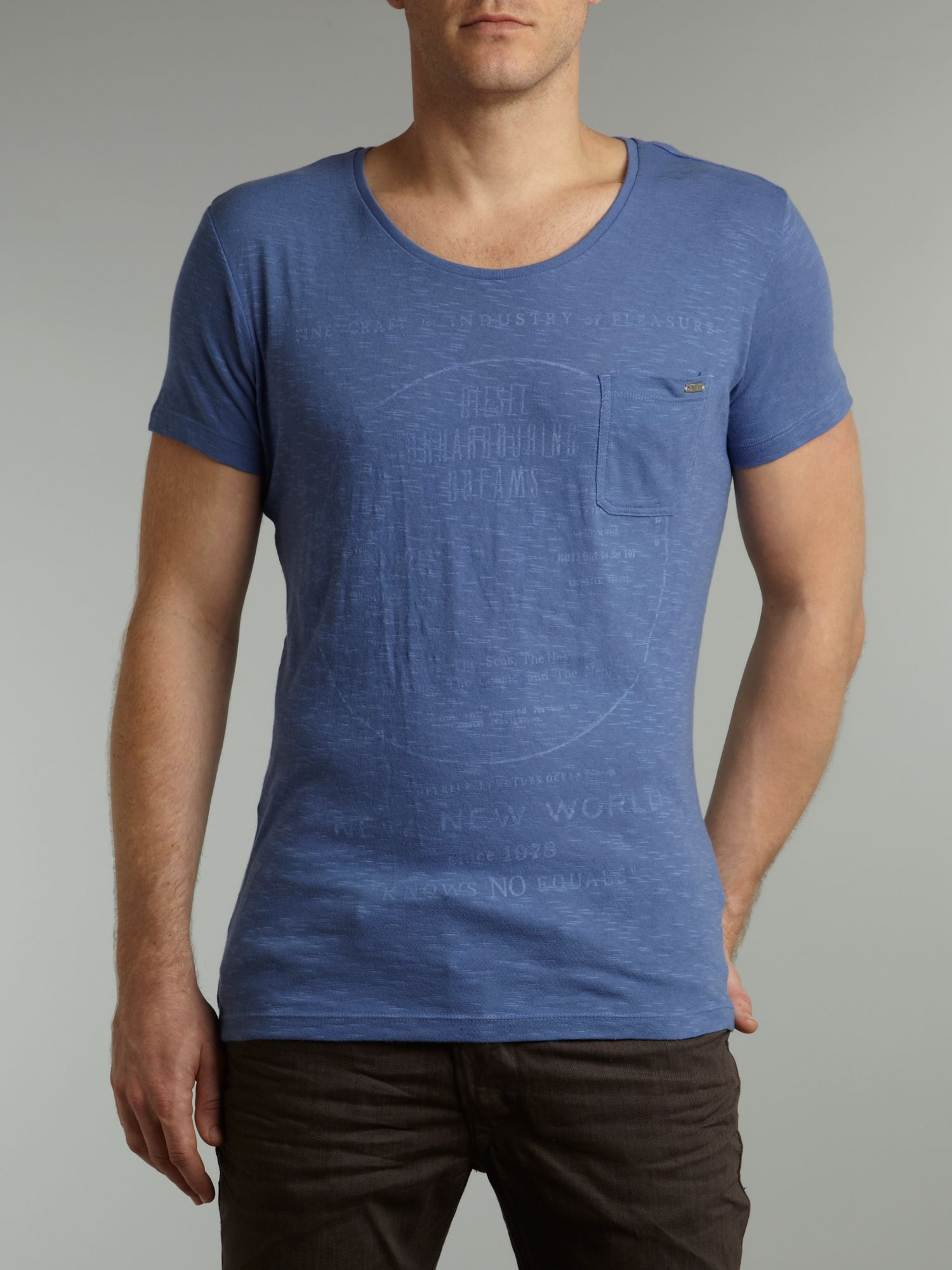 Scoop neck printed T-shirt