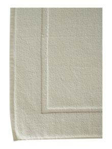 Zero twist bath mat cream