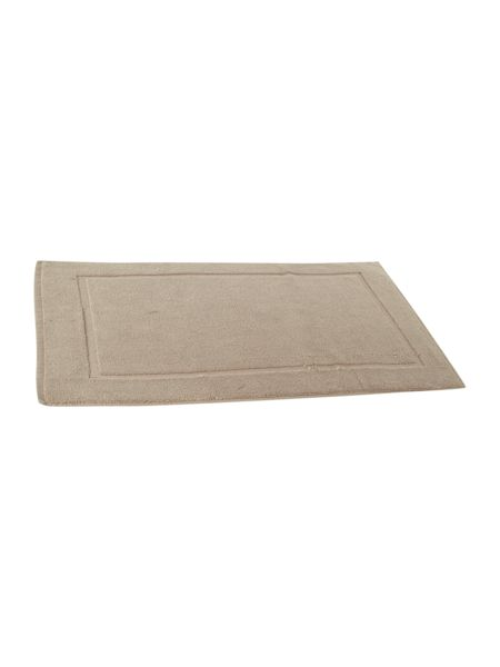 Luxury Hotel Collection Bath Mat in Mushroom
