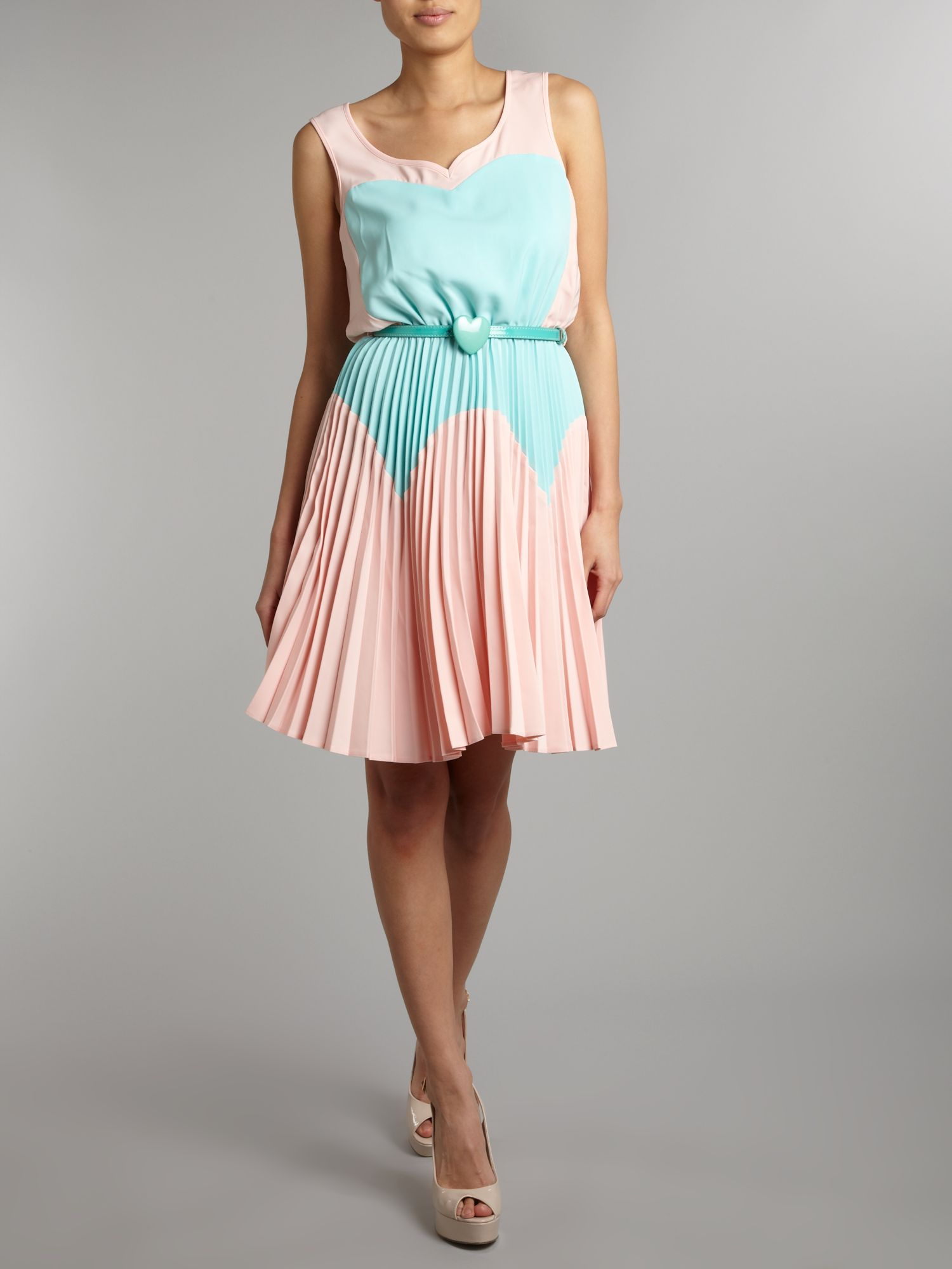 Almari heart pleat contrast dress
