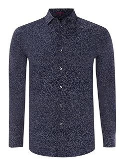 Long sleeved leaf print slim fit shirt
