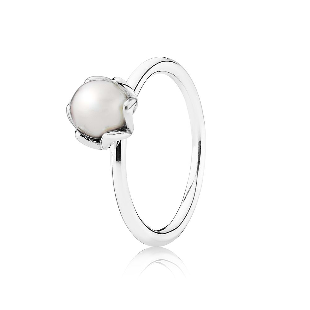 Grand Pearl Ring