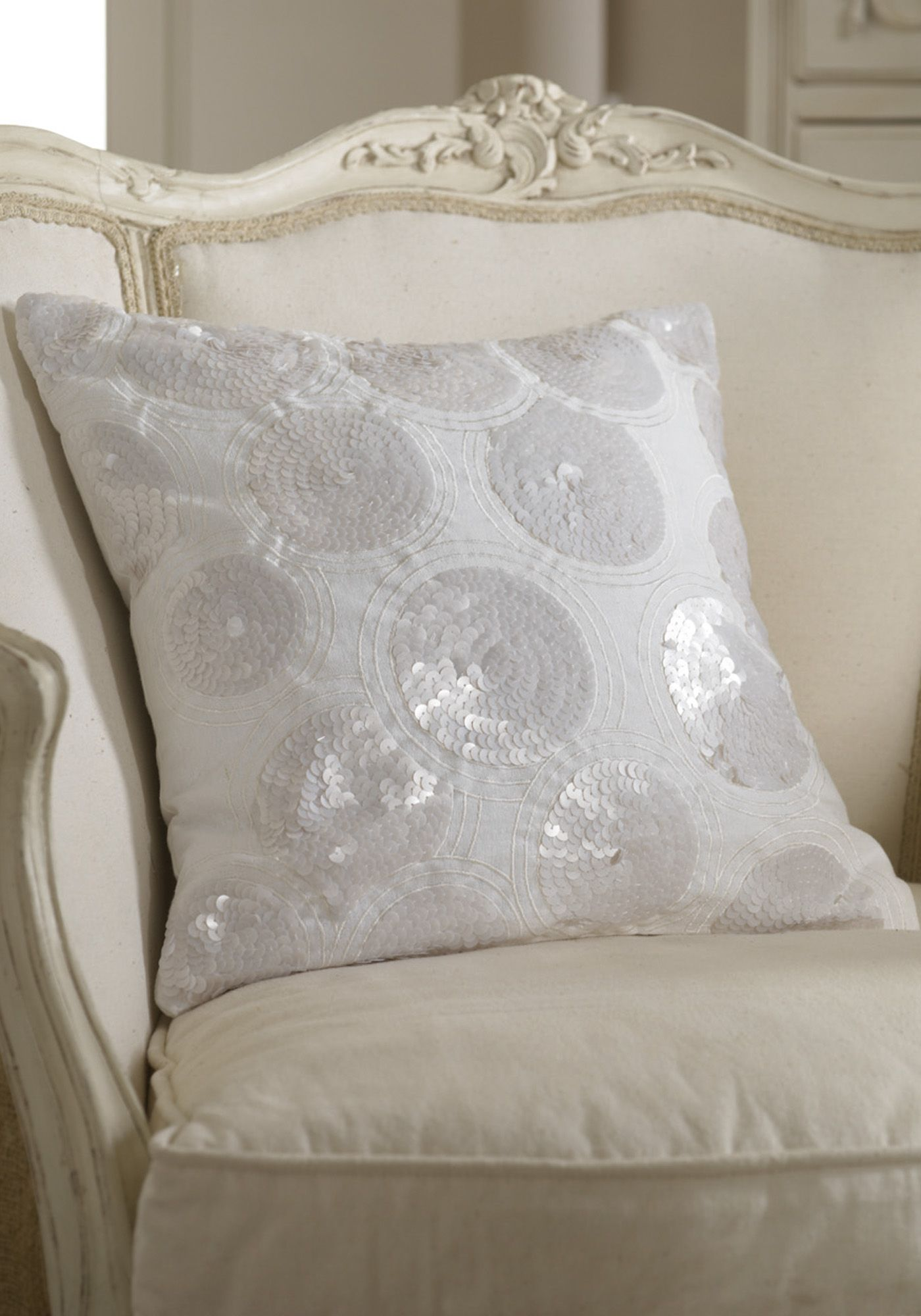 Ethier ivory cushion
