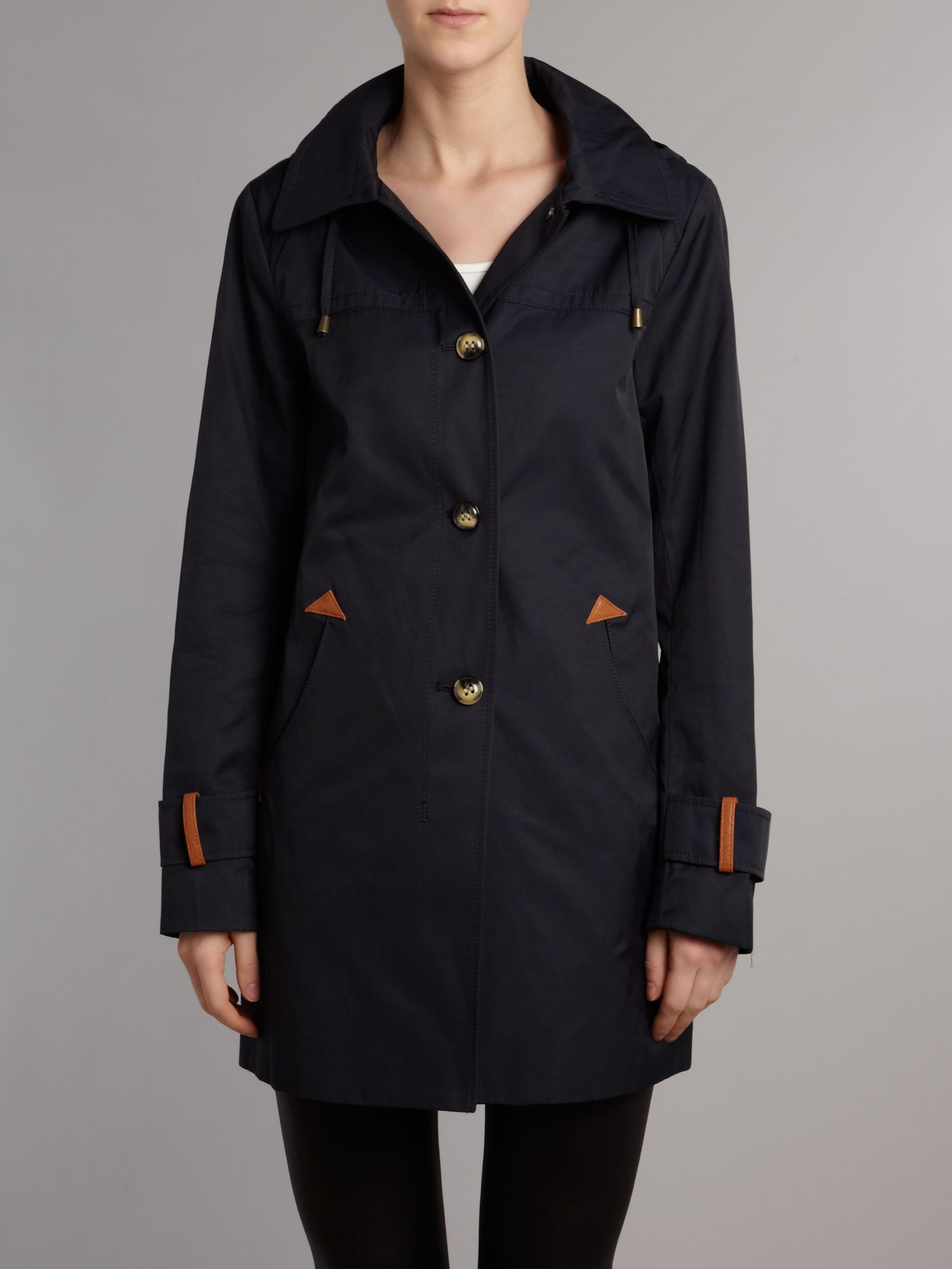 Trim swing coat