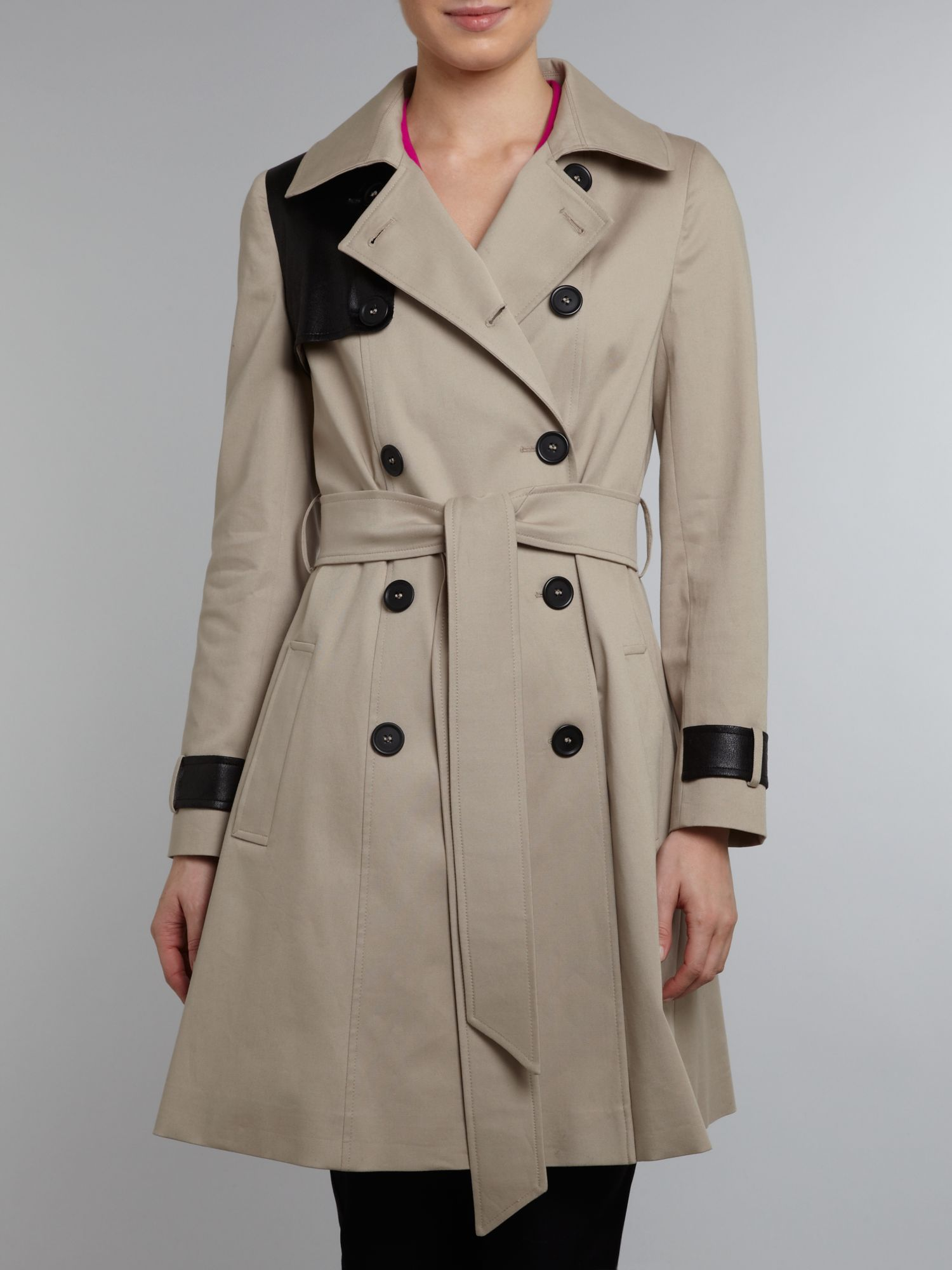 Double breasted contrast flap trench